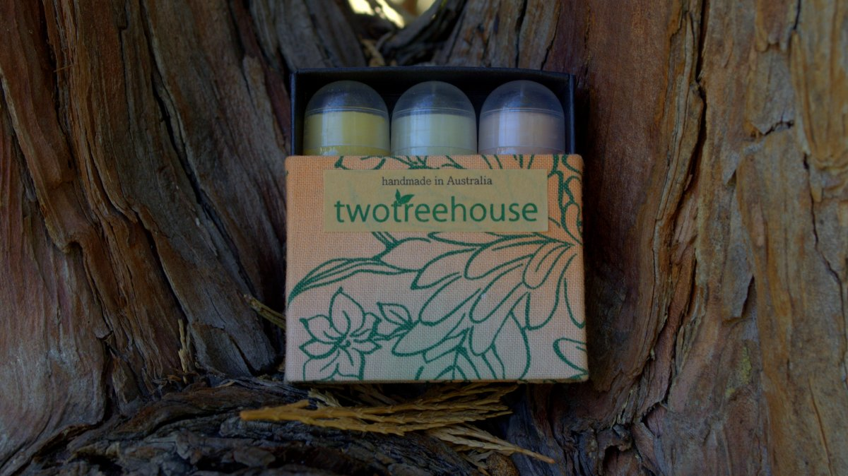 TwoTreeHouse | Mini Lip Balm